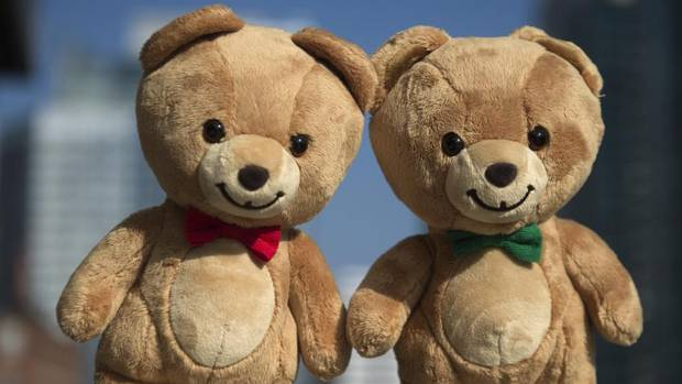"Progressive Partners with Gund® for Kraft Canada's ""Stick Together"" Campaign"